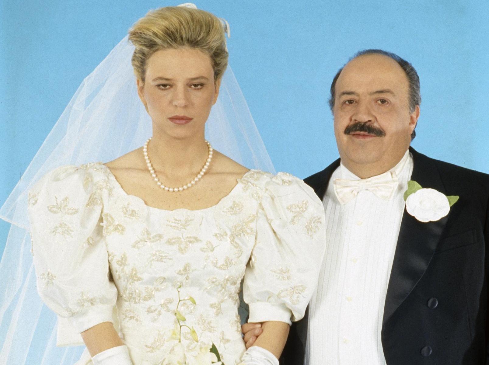 Matrimonio Civile Uomo : Vicenza boom del matrimonio civile ma ci si sposa meno