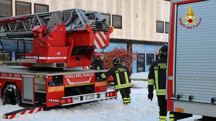Bolzano vic no incendio e scoppio in azienda di vernici for Azienda di soggiorno bolzano