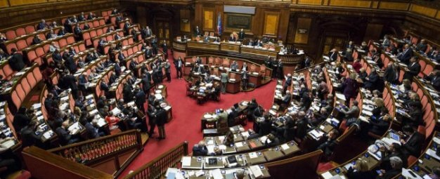REFERENDUM: la Grande Illusione Renziana sui costi della politica è un bluff