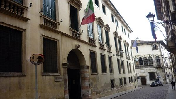 Ufficio Per Stranieri Vicenza : Vicenza campo marzo l offensiva della polizia controlli