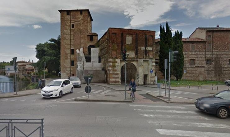 Vicenza porta santa croce viabilit modificata tviweb - Immagini porta santa ...